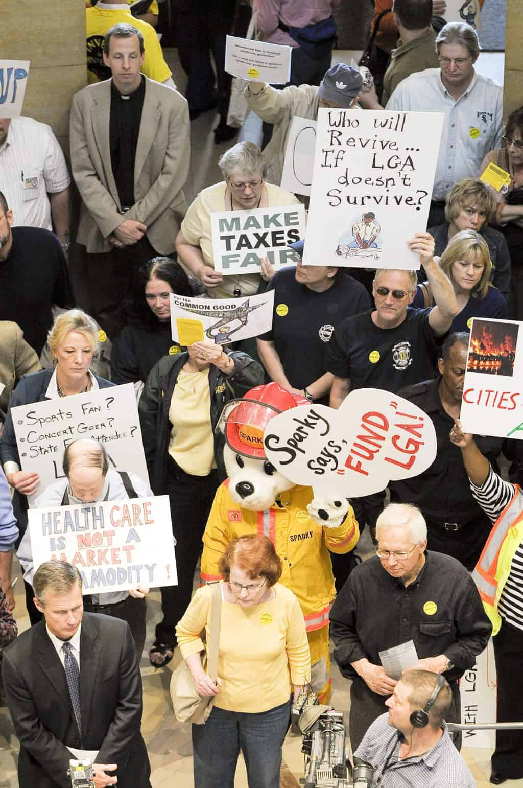 United States: Three state-level campaigns to increase income taxes on the rich