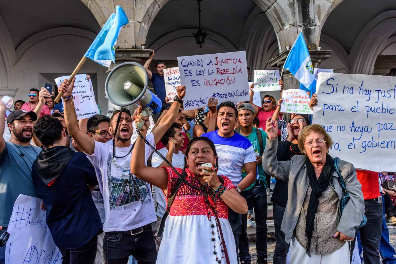 Guatemala: Playing the insider / outsider game to reform tax administration